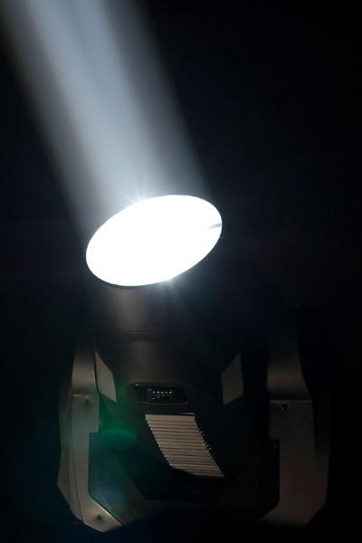 Legend™ 300E Beam LED