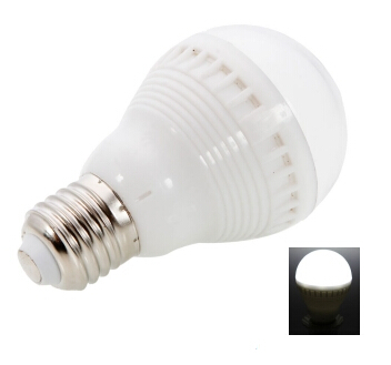 E27 1.5W 380LM White Light LED bulb