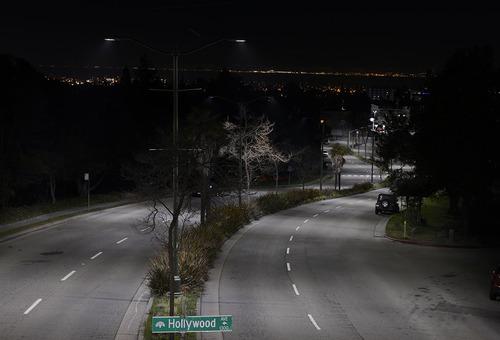 Canadian port city will dress 43000 intelligent LED street light