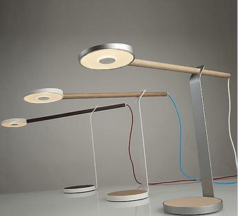 Koncept Gravy LED Desk Lamp